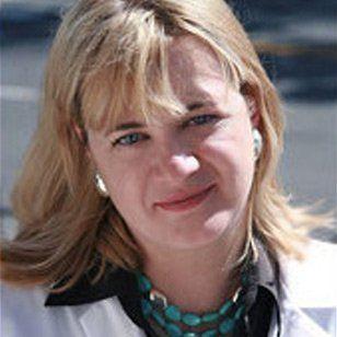 Dentist Elizbieta Marcinczyk